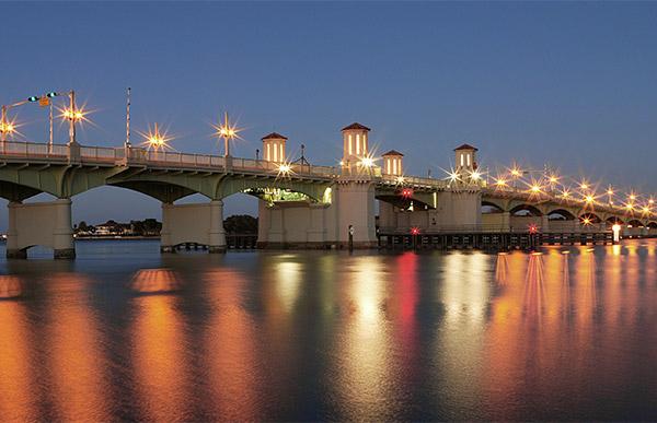 Bridge of Lions at night.