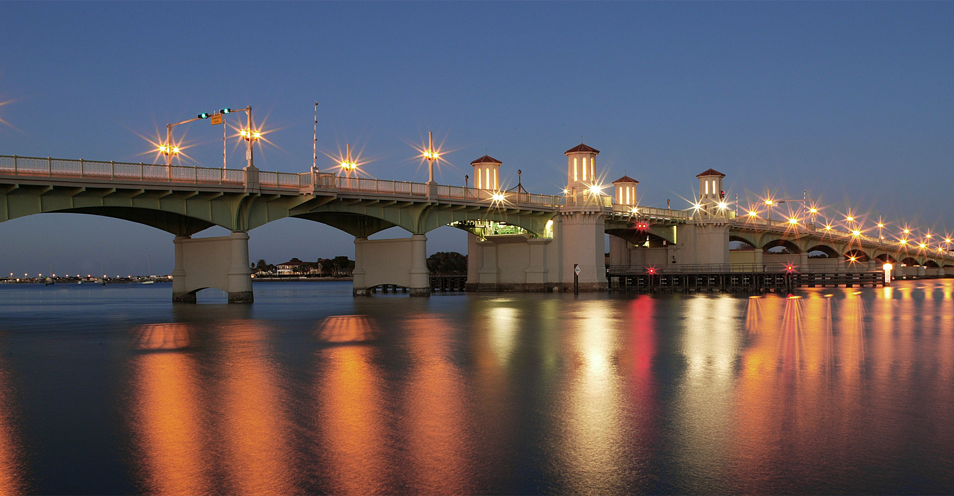 Bridge of Lions at night.