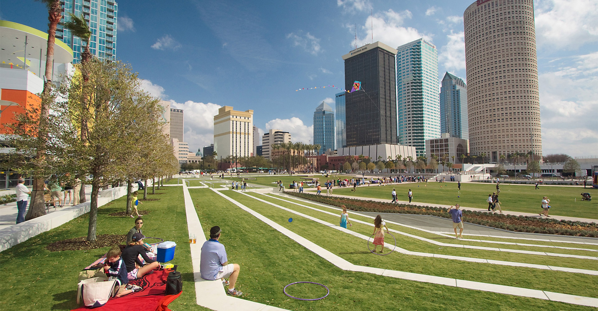 Grassy area at Curtis Hixon Waterfront Park.