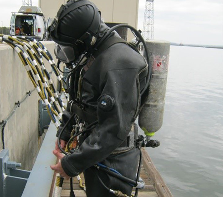 Kings Bay Facilty Repairs Diver.