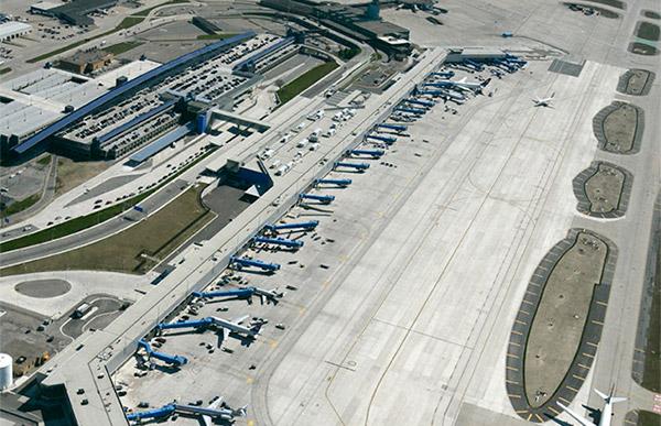 Detroit Metropolitan Wayne County Airport.