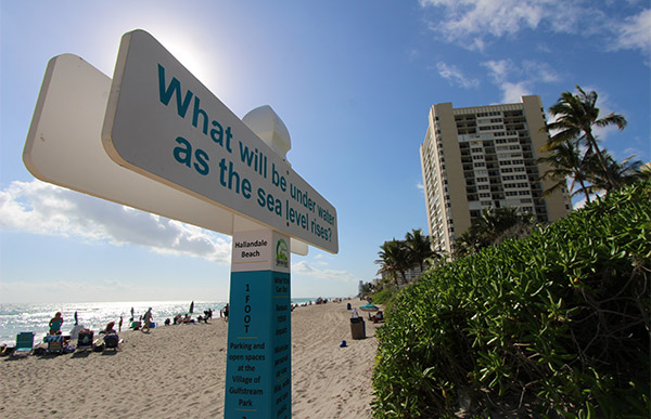 Sign on Hallandale Beach.