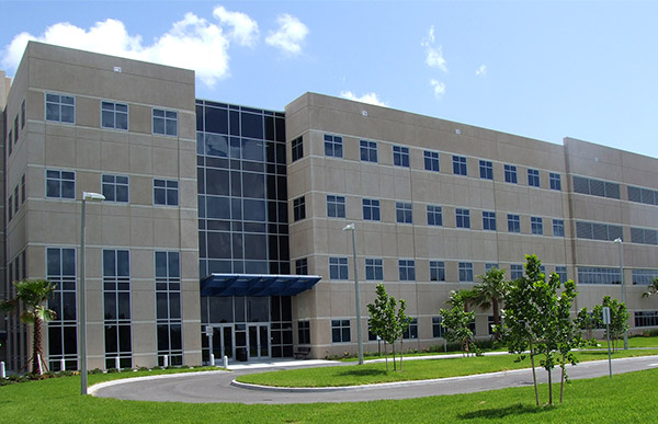 M2Gen Cancer Research Building Exterior.